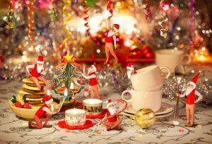 shutterstock_ChristmasSantasL91276820_22122013
